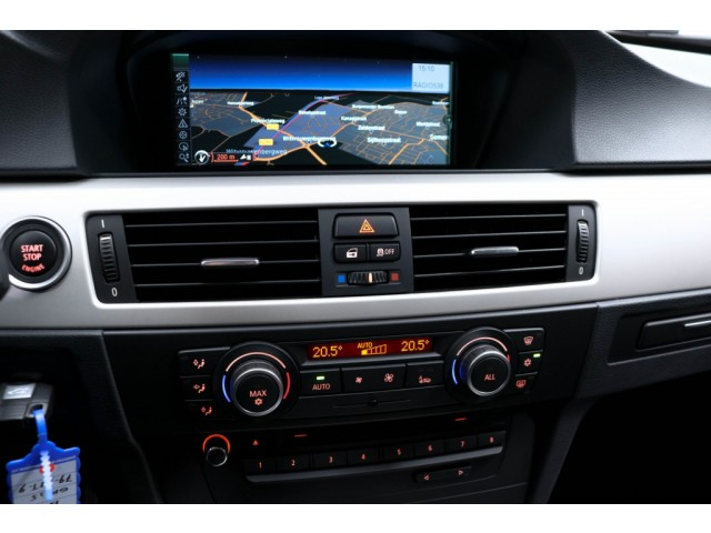 BMW 3 Serie 320i Luxury Line