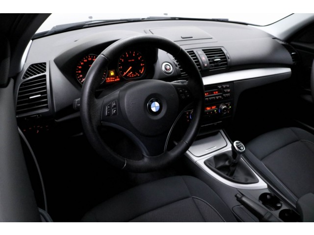 BMW 1 Serie 116I BUSINESS LINE