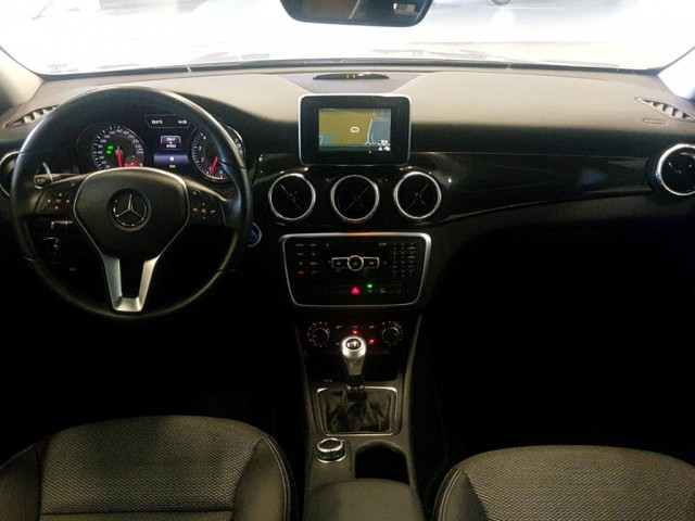 Mercedes-Benz CLA-Klasse 180 Blue Efficiency