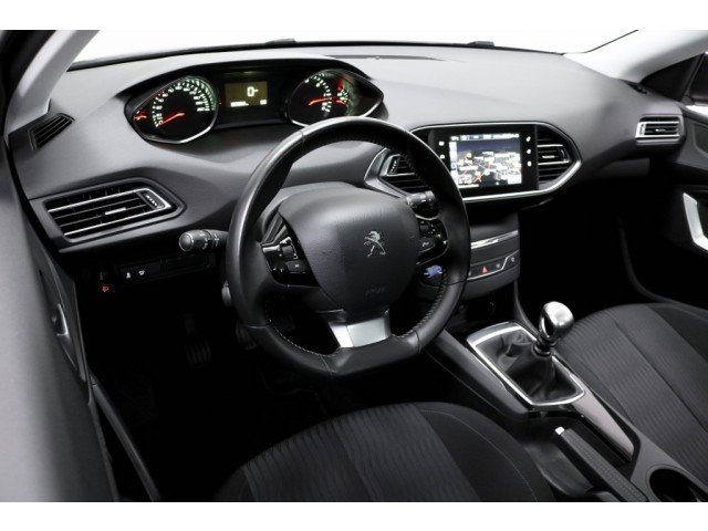 Peugeot 308 1.6 BlueHDI Blue Lease Limited