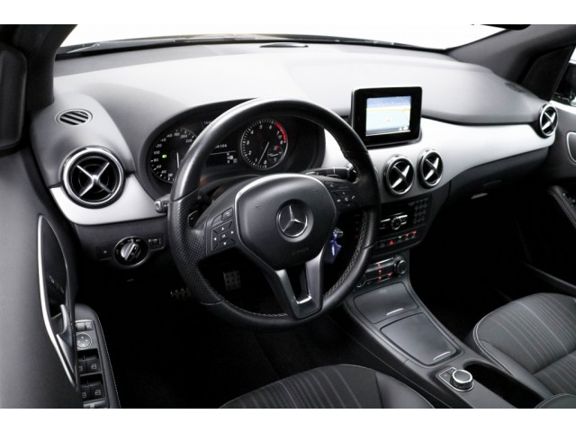 Mercedes-Benz B-Klasse 180 Aut. Ambition
