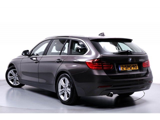 BMW 3 Serie 320d EfficientDynamics Edition Executive Upgrade