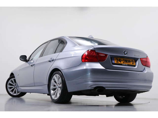 BMW 3 Serie 320i High Executive