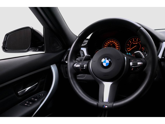 BMW 3 Serie 335i High Executive M Sport NL-Auto!